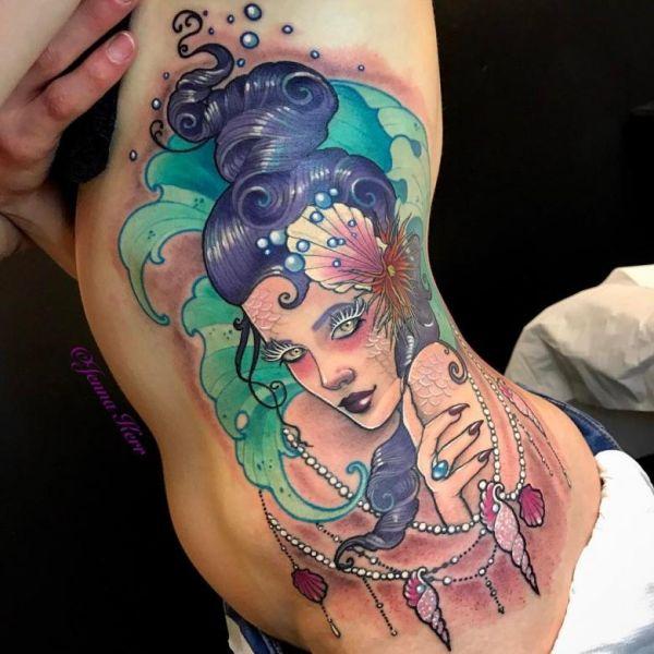 kadın yüzü dövme