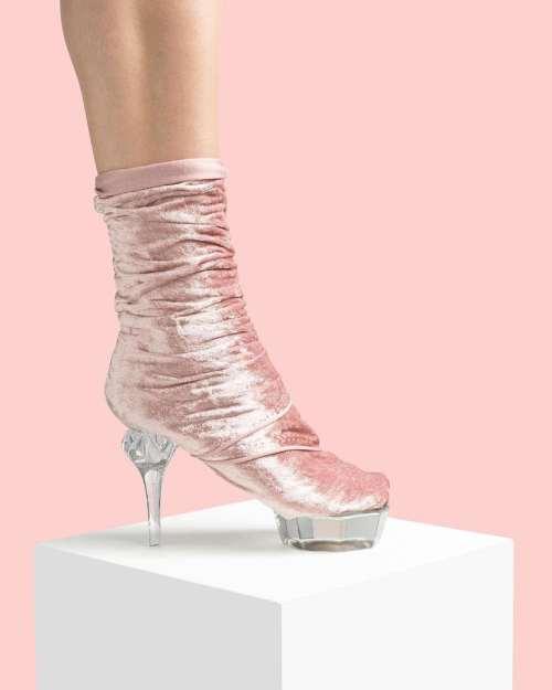 kadife ayakkabı