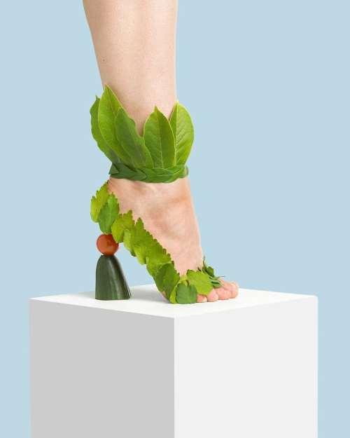 yaprak desenli ayakkabı